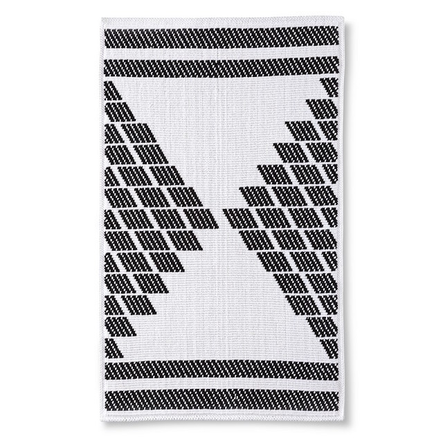 graphic black and white bath mat