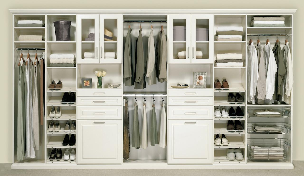Well organized bedroom closet