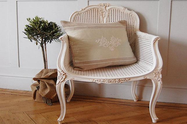 Shabby chic decor furniture
