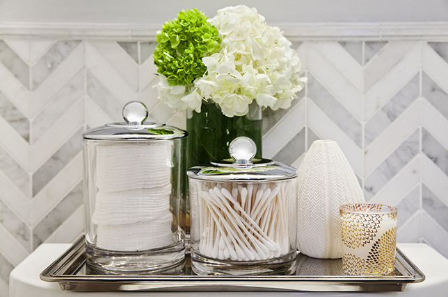 Styling tips for bathroom tables