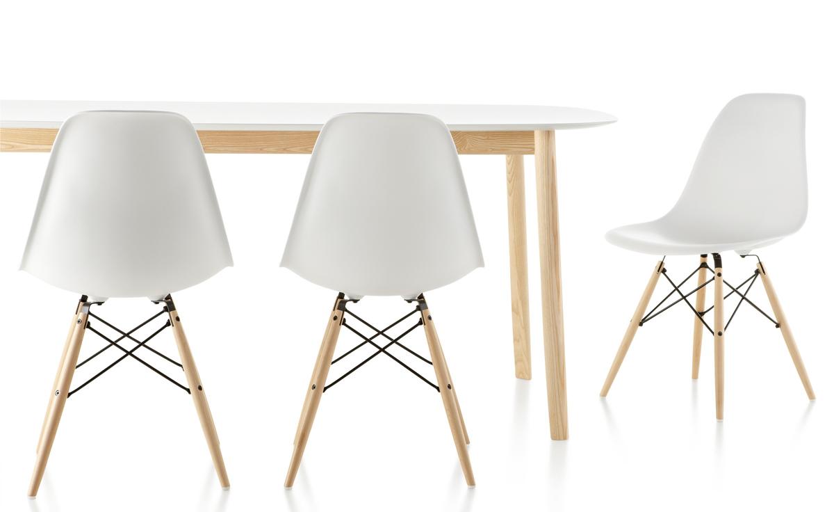 Eames Dowel Leg Chair
