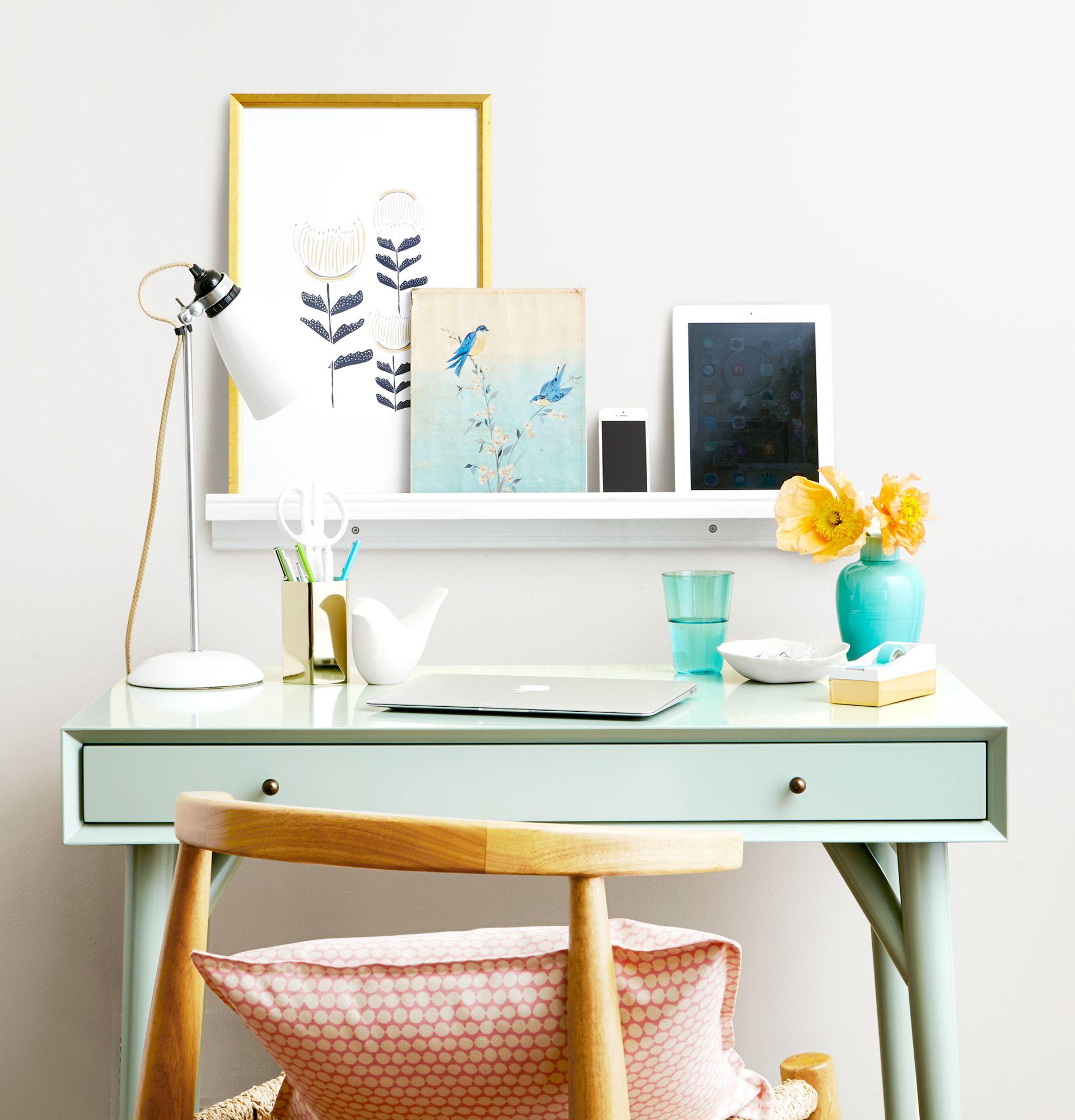 Organize Stylish Desk